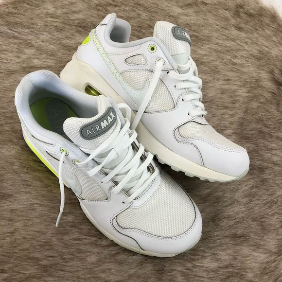 Nike Air Max Coliseum Racer Women's Size 10